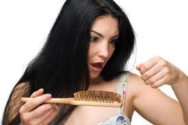 Home Remedies For Hair Fall In Urdu - Woman Article In Urdu