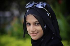 Islam Me Orat Ka Bnao Singhar