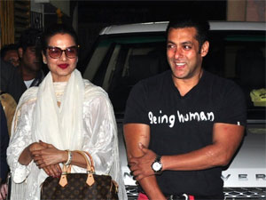 Rekha And Salman Together After 25 Years In The Big Boss