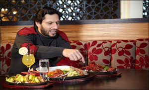 Shahid Afridi Dinner In Honor Of Cricket Team Players
