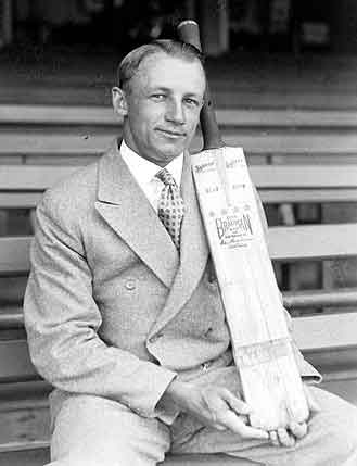 Australian Govt Issued A Pictured Coin Of Sir Donald Bradman On Hundreth Birthday
