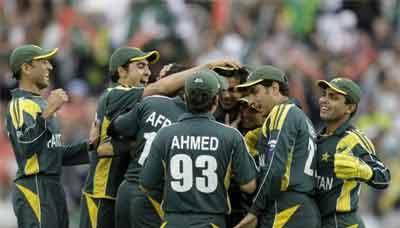 Qomi Cricket Team Aaj Dubai Rwana Ho Gi