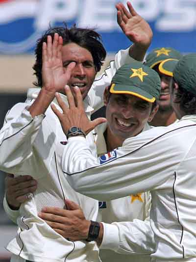 Pakistan Won Wallington By Beating New Zealand With Super Performance By Muhammad Asif