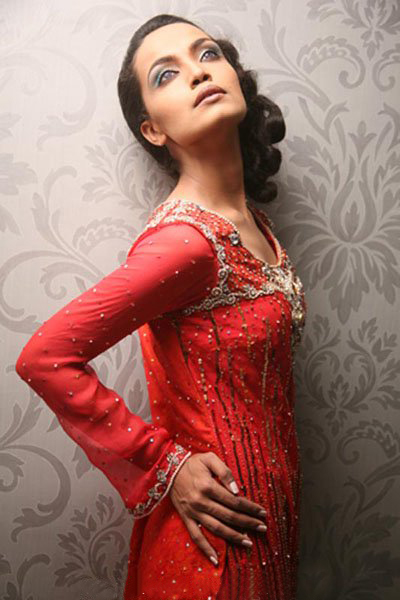 UrduMaza.com >> Photos and Wallpapers >> Amna Sheikh Weddingamna wedding pictures